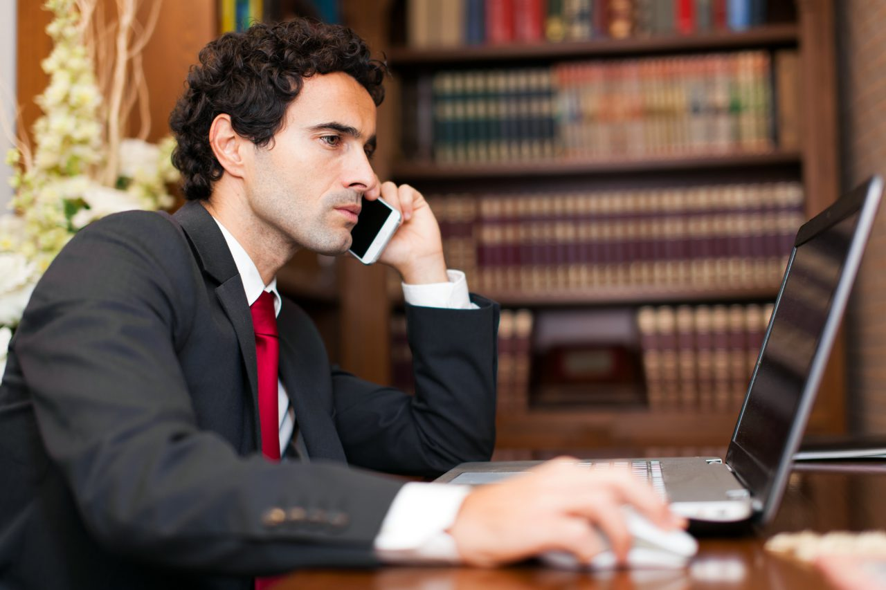 https://cdn.webupgrade.com/5f97605773dc770f19689897/wp-content/uploads/sites/21/2021/03/personal-injury-lawyer-1280x853.jpeg
